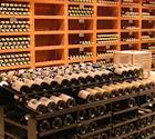 Cavo stenen wijnrekken met op de voorgrond CollectionRack.
